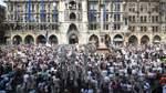 Tausende bei Demonstrationen gegen Corona-Regeln in Deutschland