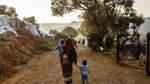 Auf Lesbos leben Einwohner und Migranten am Limit