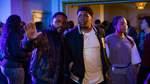 """""""Beats"""" - ab dem 18. Juni bei Netflix   In der neuen Drama-Serie dreht sich fast alles um die Musik. Ein ehemaliger Musik-Manager arbeitet mittlerweile als Sicherheitsmann an einer Hochschule. An der entdeckt er ein neues Hip-Hop-Talent. Einen Trailer finden Sie auf der nächsten Seite."""