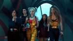 """Birds of Prey: The Emancipation of Harley Quinn (Filmstart: 6. Februar 2020)   Nach ihrer Trennung vom Joker in """"Suicide Squad"""" sucht Harley Quinn (Margot Robbie) in Gotham nach Zerstreuung. Sie trifft auf die Superheldinnen-Gruppe """"Birds of Prey"""", die sich in Eigenregie in der Unterwelt der Stadt rumtreiben. Zu Beginn verstehen sich die Ex-Kriminelle Quinn und die Selbstjustiz-Truppe nur mäßig. Als der Bösewicht Black Mask (Ewan McGregor) auftaucht und die junge Cassandra Cain (Ella Jay Basco) bedroht, schließen sie sich doch zusammen."""
