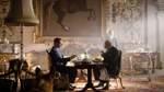 Die Dunkelste Stunde: 27. April auf Amazon Prime   Mai 1940: Das anfängliche Kriegsglück der Nazis hält nach wie vor an und stürzt die britische Regierung in eine existenzielle Krise - der amtierende Premierminister Chamberlain tritt zurück und Großbritannien droht in die Hände der Nazis zu fallen. Die Regierung sieht sich gezwungen auf Winston Churchill als Premierminister zurückzugreifen. Dieser steht mit dem Antreten des Amtes vor einer großen Aufgabe: Er soll die ausweglose Situation in den Griff bekommen. Hier finden Sie den Trailer zu diesem Film.