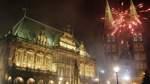 Hier bitte nicht!    Seit 2010 darf auf dem Bremer Marktplatz kein Silvesterfeuerwerk mehr gezündet werden. Die Brandgefahr für das Rathaus - immerhin Weltkulturerbe - ist zu groß.