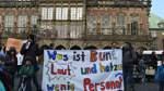 Eltern protestieren gegen Situation in Bremer Kitas