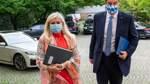 Söder spricht Ministerin Vertrauen aus - Huml bot Rücktritt an