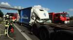 Autobahn 1 bei Oyten: Vollsperrung nach Auffahrunfall