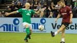 Doublesieger Ernst kauft sich eigenen Verein