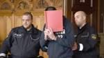 Falsche Polizisten: Ein Angeklagter legt Geständnis ab
