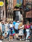 Corona Reportage - Wie sieht es in der Stadt aus, halten sich die Leute an die geltenden Bestimmungen