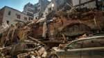 Suche in den Trümmern von Beirut