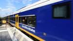 Frau schlägt Zugbegleiterin - Polizei sucht Zeugen