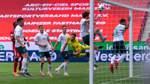 Werder verliert, darf aber noch hoffen