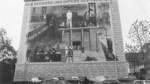 Bunker Admiralstraße, Findorff:    Am Ende der Admiralstraße in Findorff wurde 1933 in den ehemaligen Lloyd-Hallen das erste Bremer Konzentrationslager, das KZ Mißler, eingerichtet. Daran erinnert ein Wandbild am Bunker Admiralstraße. Die Wandmalerei besteht aus Einzelbildern vom Widerstand und der brutalen Unterdrückung. Den Rahmen bilden an drei Seiten die Namen von Bremer Männern und Frauen, die aus unterschiedlichen politischen und religiösen Überzeugungen heraus Widerstand leisteten oder die aus rassistischen Gründen von den Nationalsozialisten verfolgt und vernichtet wurden.    Das KZ Mißler gehört zu den frühesten Konzentrationslagern der Nazis. In den ehemaligen Auswandererhallen an der Walsroder Straße in Findorff wurden zwischen April und September 1933 mehrere Hundert Regimegegner inhaftiert und auch gefoltert, wie Zeitdokumente belegen.