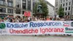 Demonstration zum Earth Overshoot Day in Hamburg