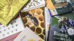 Die Biene in der Welt des Buchs