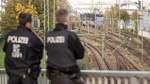 Polizei sichert Castor-Transport mit Großaufgebot ab