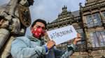 Bremer Influencer machen sich für Masken stark