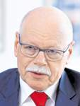 Interview mit Innensenator Ulrich Mäurer - über staatlichen Kontrollverlust