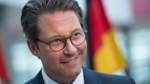 Scheuer fordert 100 Euro Bußgeld für Parken auf Fahrradstreifen