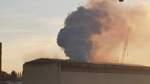 Großbrand in Bremer Lürssen-Werft: Löscharbeiten dauern am Samstag an