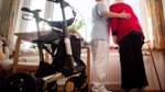 Höhere Gehälter in der Altenpflege