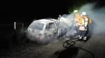 Autobrände: Polizei nimmt Verdächtige fest