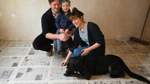 Zeitungsarchiv unterm Teppich