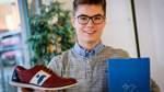 Schüler aus Achim vertreibt eigenes Schuhmodell