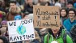 400 Bremer Schüler demonstrieren für den Klimaschutz