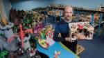 Lehrer gestaltet Playmobil zu historischen Themen