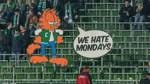Mit Trillerpfeifen gegen Montagsspiele