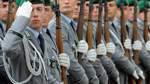 Merkel: Keine Festlegung bei Bundeswehrreform