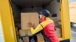 Warnstreik der Zusteller: 15 000 Pakte bleiben liegen