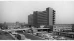 Das Krankenhaus Links der Weser kurz nach der Fertigstellung im Herbst 1967. Die ersten Patienten wurden im Januar 1968 aufgenommen.