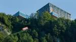 Fülle des Wohllauts vor Alpenlandschaft