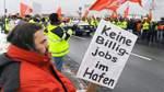 350 Hafenarbeiter demonstrieren in Bremerhaven