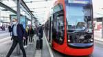 Neue Bremer Straßenbahn das erste Mal mit Fahrgästen unterwegs