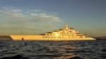 Die Azzam, die vormals größte Jacht der Welt, gebaut bei Lürssen. Inzwischen ist das 180,65 Meter lange Boot nur noch die Nummer zwei.