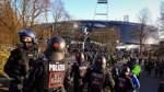 Nach Hetzjagd auf Polizisten: Werder-Ultra vor Gericht