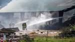 Lagerhalle brennt nieder