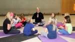 Gegen Stress und negative Emotionen: Kinder-Yoga beim TSV St. Jürgen