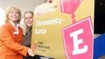 Erste Ehrenamtskarten werden in Bremen vergeben