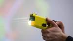 Elektroschocker für die Polizei - Bremen vor der Entscheidung