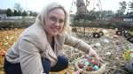 Ortsvorsteherin Martina de Wolff zählt schon mal nach: Die Organisatoren hoffen auf Tausende Ostereier.