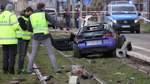 Auto fährt in Leipzig in Menschengruppe - zwei Tote