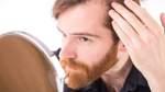 Bremer Hautarzt über Ursachen und Behandlung von Haarausfall bei Männern
