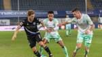 Passive Taktik bringt Werder wichtigen Dreier ein