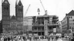1964: Im Juni wird dem Haus der Bremischen Bürgerschaft die Richtkrone aufgesetzt. Wie das Haus der Bürgerschaft entstanden ist, haben wir anlässlich des 50-jährigen Jubiläums in dieser Fotostrecke gezeigt.