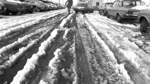 Auch als es dann endlich taute, sorgte der Schnee in Form von Matsch noch für Probleme; insbesondere im Straßenverkehr.