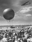 Auf geht's zur Himmelfahrt am Himmelfahrtstag 1952.