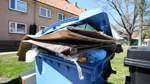 Müll-Polizei und Sozialarbeit
